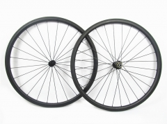 Classic 25mm wide Tubeless built with Bitex J-bend hub 20H/24H