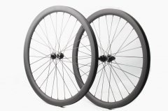 Classic Disc DT Swiss 350 built 25mm wide tubeless wheel set